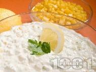 Млечна салата от тиквички и царевица